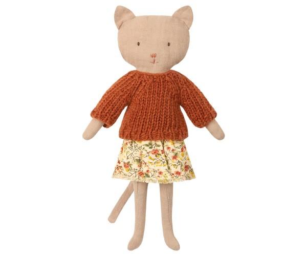 Maileg Katze sand mit Pullover und Rock