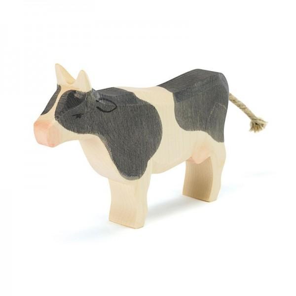 Ostheimer Kuh schwarz stehend